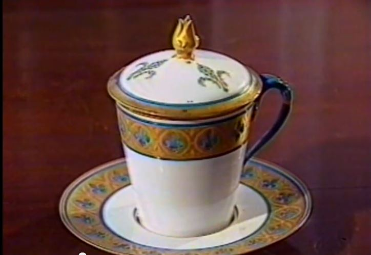 tea_cup_produced_psychically_by_hpb