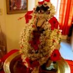 During the morning fire ritual Sri Kumar conducted a worship of Lord Dattatreya