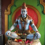 Statue of Lord Shiva at the entrance of the templs
